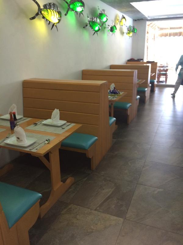 Mobiliario para restaurantes zeus a la medida el for Mobiliario para restaurante